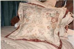 Pillows (7)